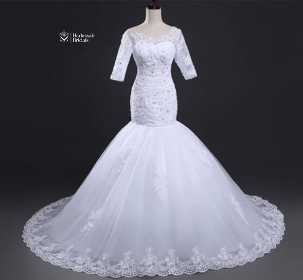 Wedding Gown Rent: Fit And Flay Mermaid Wedding Gown For Rent In Lagos