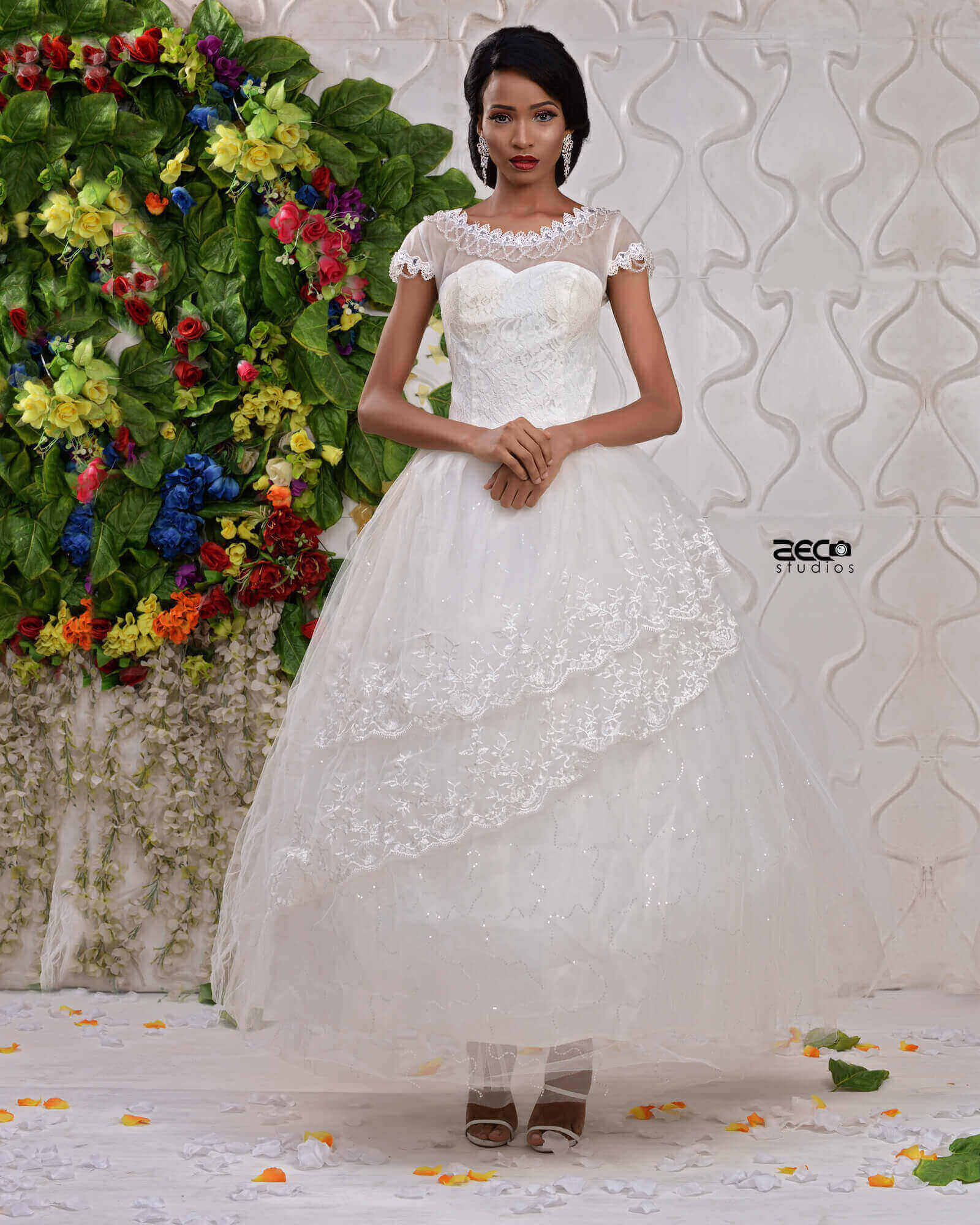 2017 TRENDY BALL WEDDING GOWN ON CLEARANCE SALES IN LAGOS | Hadassah ...