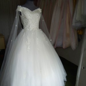 Off Shoulder Beaded Ball Wedding Gown With Cape For Sale In Lagos