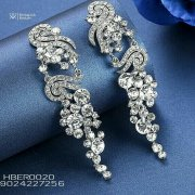 Beautiful Silver Crystal Bridal Earrings In Lagos