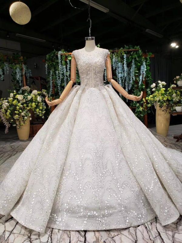 luxury ball wedding gown